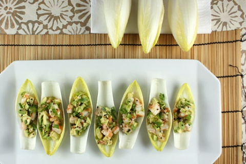 Endive Mango and Avocado Cups with Peanut Chicken